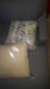 Decorative pillows 4pc