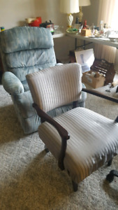 Chairs -estate sale in Perdue