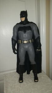 unique treasures house, large 32 inch batman action figure