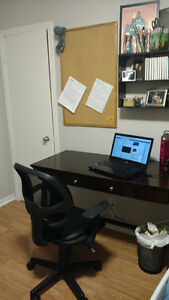 Room for Sublet - 5 Minutes to MUN - Female Student St. John's Newfoundland image 2