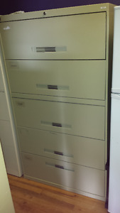 FILING CABINET – With 5-DRAWERS