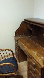 Roll-Top Desk (**REDUCED!!**)