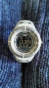 Timex T49612 Expedition Shock New Working