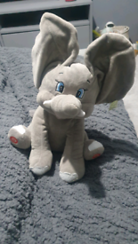 Singing peek a boo elephant toy
