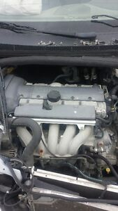 VOLVO V70 ENGINE 2.5L 160000KM $1000.00
