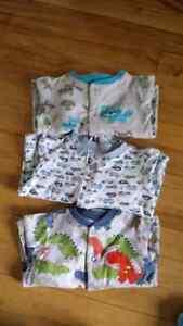 4 pyjamas 6 mois