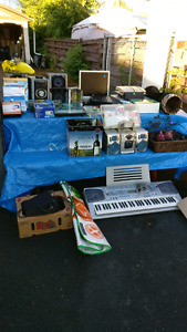 HUGE GARAGE SALE PS2, STEREO, WEIGHT SET AND WAY MORE