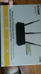 D-Link Wireless AC750 Dual Band Router $20 obp