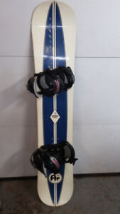 Oxygen Snowboard 145cm with bindings$140.00