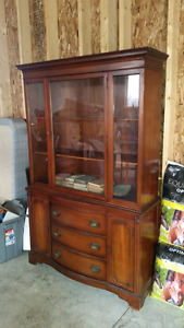 Malcolm China Cabinet all- in one