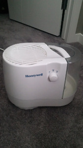 Honeywell humidifier in good condition