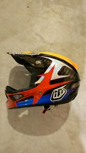 Troy Lee Designs D3 Carbon Downhill/BMX helmet