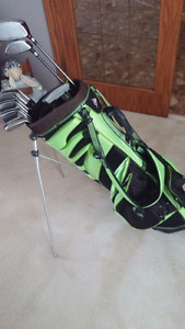 LH Adult Golf Clubs and Bag Included