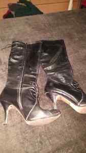 Lady deessy boots size 9