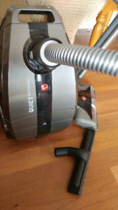 Hoover canister vaccume