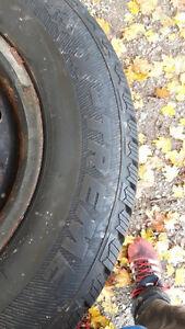 215/70r15 winter tires on rim 5 bolt pattern Cambridge Kitchener Area image 4