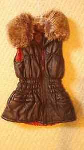 Girl's / Women's vest London Ontario image 1