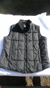 """ATMOSHERE"" Super Warm Vest BLACK in Colour  Very Nice!!"
