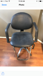 Price reduced Hydraulic Barber chair for sale