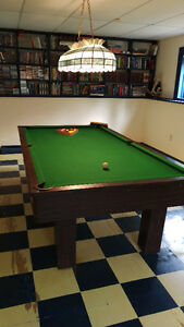 Pool table, Balls, Cues, Cue rack, Light and Vinyl dust cover