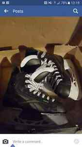 Size 4.5 mens skates Peterborough Peterborough Area image 1