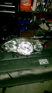 2011-2013 Toyota Corolla driver side Headlights