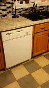 Sold ppu Kitchen appliances fridge stove and dishwasher