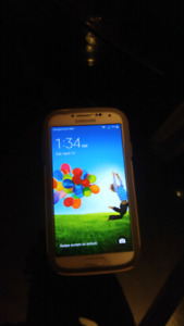 Samsung Galaxy S4 with otter box