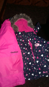 New 12 month Oshkosh snow suit (no tags)