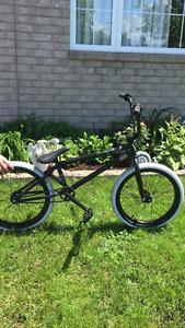 Vardet Cadet BMX bike drove twice.  500$ or best serious offer.