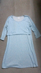 Maternity night gown, large