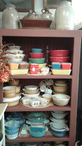 COUNTRY COLLECTABLES AT OLD RIDGE ANTIQUES