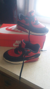 Gently used size 10 Air Max $20 from clean smoke free home