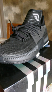 Adidas Dame 3 Baskeball shoes size 9.5