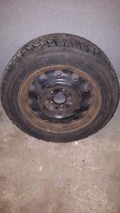 4 X 205/65/R16 Toyo Winter tires / Pneus d'hiver Toyo