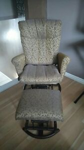 Upholstery Services - Wing Chairs Cambridge Kitchener Area image 6