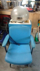 chaise séchoire pour salon de coiffure vintage