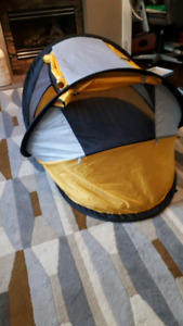 Kidco peapod travel bed/pop up tent