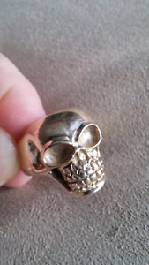 10 k gold Custom Made Skull Ring