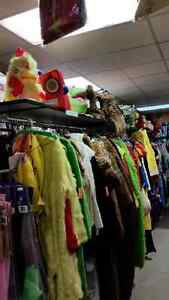 Year Round Costume Shop with tons of selection - in Preston Cambridge Kitchener Area image 10