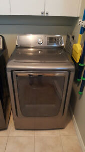 PRICE REDUCED****FOR SALE**** SAMSUNG DRYER