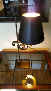 Antique Hammered Table Lamp w Shade