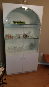 Moving - Lovely White Hutch cabinet - senior owned