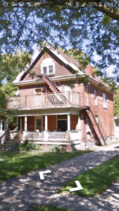 1-brm upper level apartment on Chatham st. Avail. as of Jan 1