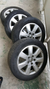 VW Mags, 16 inch. Good condition. NEGOCIABLE.