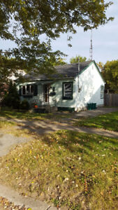 2 Bedroom House For Rent in Fort Erie