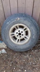 Rim off a 1998 Durango.  Tire no good.