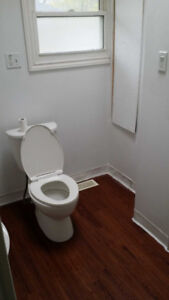 all inclusive utills WIFI 4 room for rent 5 min from Mcmaster