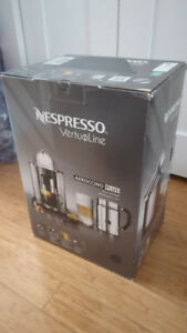 Cafetière Nespresso Vertuoline aeroccino + mousseur - NEUVE!