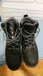 Used Timberland steel toe boots